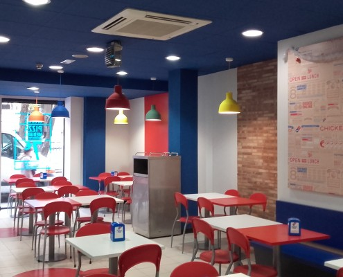 Diseño y Decoración Interior Restaurante Domino's Pizza