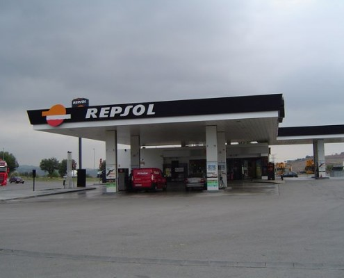 Construction and assembly of petrol stations.