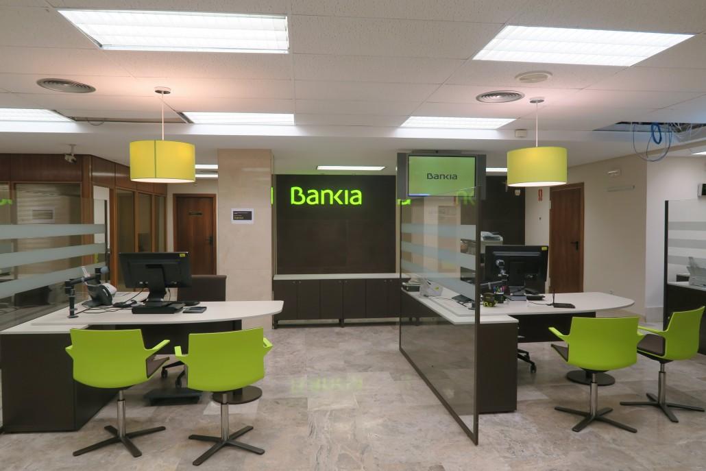 Cymes construcci n y acondicionamiento de oficinas bancarias for Oficina 7020 bankia